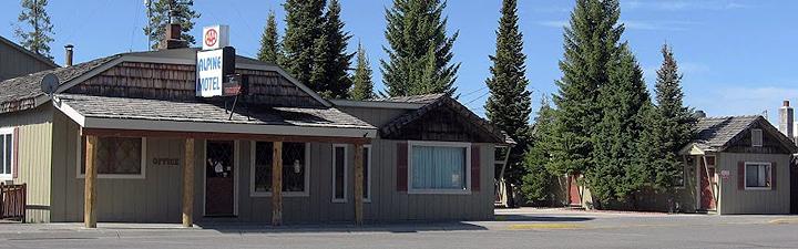 Three Bears Motel West Yellowstone Mt